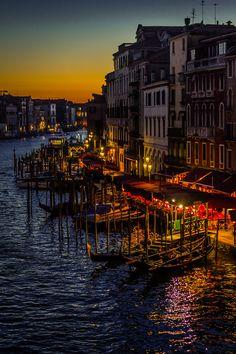Venice, Italy (via orionfalls)