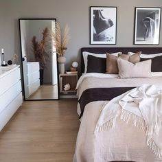 20 tips will help you improve the environment in your bedroom So cozy! decoration salon decoration interieur maison 20 tips will help you improve the environment in your bedroom So cozy! Room Ideas Bedroom, Bedroom Inspo, Home Decor Bedroom, Nordic Bedroom, Bedroom Modern, Master Bedrooms, Modern Room, Modern Living, Dream Rooms