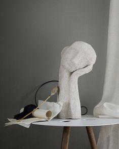 sculpture art clay art on a table Pottery Sculpture, Pottery Art, Sculpture Art, Sculpture Ideas, Stone Sculpture, Ceramic Sculptures, Design Tradicional, Interior Decorating, Interior Design