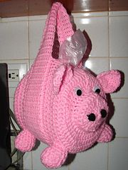 Ravelry: Kitchen Bags Holder Pig pattern by Yana Muradian(Top Crochet Free) Crochet Pig, Crochet Home, Crochet Crafts, Crochet Projects, Free Crochet, Plastic Bag Crochet, Crochet Purses, Grocery Bag Holder, Animaux