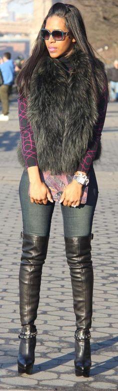 fur vest + Skinny Jeans + Overknee leather boots = gorgeous street style