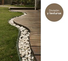 Interesante diseño de rocas con cubierta curvilínea.