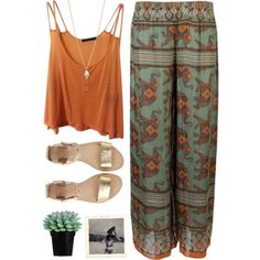 Boho outfit for bali, thailand. Flowy pants, summer outfit