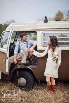 Phillip & Jenni | Vintage VW Engagements! » Project Life Photography
