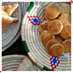 hili_iraq نور هاشم متجر هيلي / بيتك المثالي Baghdad, Cookies, Desserts, Food, Crack Crackers, Tailgate Desserts, Deserts, Biscuits, Essen