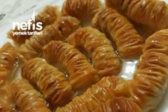 Annemden Muhteşem El Açması Büzme Baklava Tarifi Hummus, Tart, Shrimp, Sausage, Snacks, Desserts, Food, Havana, Allah