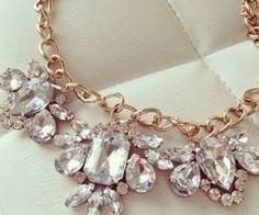 diamond statement necklace uploaded by Kitcat Cute Jewelry, Jewlery, Jewelry Box, Jewelry Watches, Jewelry Accessories, Fashion Accessories, Fashion Jewelry, Cartier Jewelry, Trendy Accessories