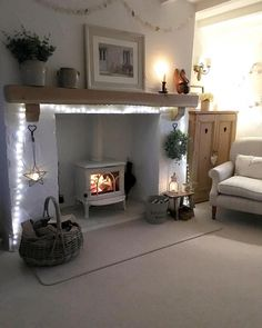 Recamier: know what it is and how to use it in decoration with 60 ideas - Home Fashion Trend Log Burner Living Room, Living Room With Fireplace, Cottage Living Rooms, Home Living Room, Cosy Living Room Decor, Living Room Ideas Uk, Cosy Home Decor, Home Decor Uk, Home Design
