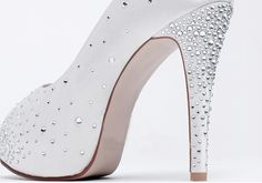 Ivory shoes for wedding Click on photo to see if you can do more