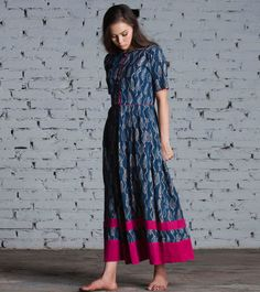 Paisely print maxi by KharaKapas Pinned by Sujayita