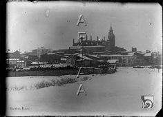 Vista de la ciudad nevada desde la ronda Montearagón. Santos Baso Simelio. Huesca