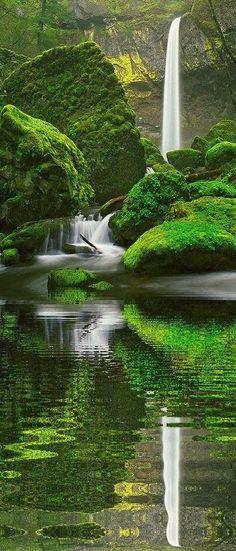 Breathtaking Elowah Falls, Oregon: