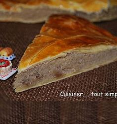 Galette des rois aux marrons - Recettes de cuisine Ôdélices Beignets, Crepes, Hot Dog Buns, Sweet Recipes, Biscuits, Muffins, Deserts, Sweets, Bread