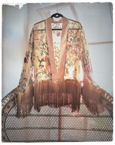 Peacock chair & fringe Silk kimono