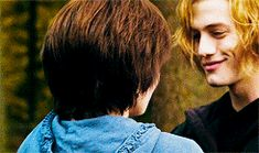 One of the many reasons to watch the Twilight movies: Alice & Jasper Jasper Twilight, Twilight Edward, Edward Bella, Twilight New Moon, Twilight Saga Quotes, Twilight Jokes, Twilight Series, Twilight Movie, Harry Potter Twilight