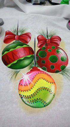 Embroidery christmas ornaments natale ideas for 2019 Christmas Rock, A Christmas Story, Christmas Projects, Christmas Ornaments, Christmas Drawing, Christmas Paintings, Christmas Embroidery, Christmas Fabric, Homemade Christmas Gifts