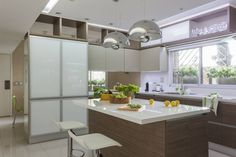 detalle de muebles de cocina (de GUTMAN+LEHRER ARQUITECTAS)