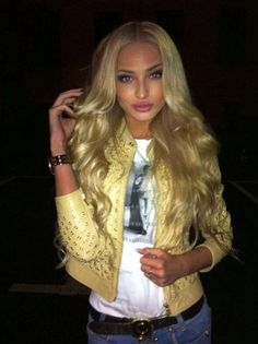 Alena Shishkova.. this is just wrong that she's that pretty!!! Why is everyone pretty on the Internet, but I never see anyone like this in real life.