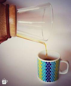 """""""... con sabores a moras y notas de mandarina"""" #cafe #cafeespecial #cafecolombiano #cafedeorigen #coffee #coffeelovers #chemex #tolima #colombia #viernes #friday"""