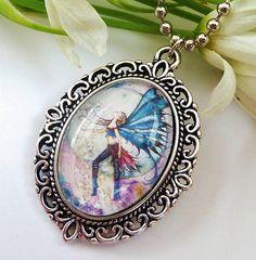 Süße Halskette mit Elfe Mond Elfe Fantasy von Schmucktruhe auf Etsy, €16.50