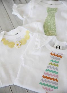 How to embellish baby onesies Kenzie and Payton my Grandsons will have embellished bow ties! Get ready. Sewing For Kids, Baby Sewing, Baby Crafts, Learn To Sew, Diy Clothing, Baby Love, Diy Fashion, Baby Shower Gifts, New Baby Products