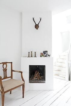 basic fireplace at an apartment in Amsterdam Home Fireplace, Fireplace Design, Fireplaces, Home Living Room, Apartment Living, Interior Styling, Interior Design, Home And Deco, Küchen Design