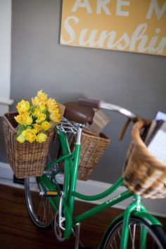 Love these Nantucket bike baskets!