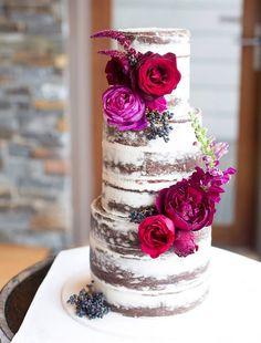 Stylish Wedding Cakes With Classical Details - MODwedding