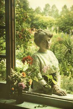 Mrs. Van Besten by Alphonse Van Besten 1913