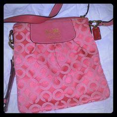 Coach purse Pink coach crossbody bag. Coach Bags Crossbody Bags