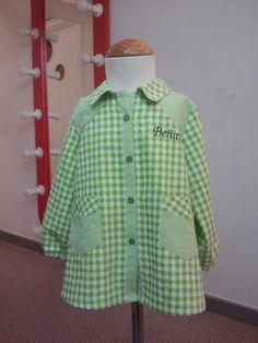 bata escolar Baby Shirts, Chef Jackets, Valentino, Rain Jacket, Windbreaker, Sewing, Kids, Clothes, Inspiration