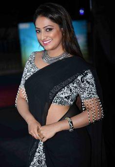 Beautiful Indian Model Haripriya In Sleeveless Black Saree