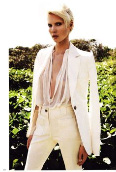 All-White Spring Fashion : Carte Blanche Vogue