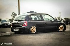 Renault Clio bagged #MotorShow14 Clio Sport, Cars And Motorcycles, Slammed, Vehicles, Bags, Collections, Lifestyle, Beautiful, Cars