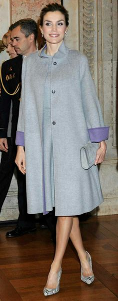 Queen Letizia - Carolina Herrera pearl grey double-wool coat and matching dress. #Vintage vibe. 1950's