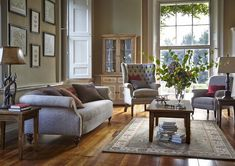 living room furniture traditional
