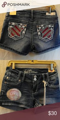 American flag shorts Size 27 Brand new with tag. Perfect for ladies with a little curve   Not miss me brand is wallflower Miss Me Shorts Jean Shorts