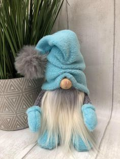 Christmas Gnome, Christmas Projects, Christmas Decorations To Make, Christmas Themes, Fall Crafts, Holiday Crafts, Plushie Patterns, Scandinavian Gnomes, Craft Free