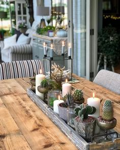 Friday evening with the weekend stretching ahead - what a great feeling . Dining Room Centerpiece, Dining Room Table Centerpieces, Table Decor Living Room, Centerpiece Decorations, Decoration Table, Dining Room Design, Room Decor, Rustic Centerpieces, Everyday Table Centerpieces