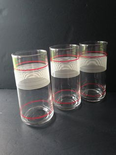 vintage red white tumblers, retro drinking glasses, iced tea lemonade glasses, vintage red white housewares kitchenware, bar accessories - pinned by pin4etsy.com