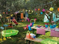 A very colorful garden on - Wood Decora la Maison