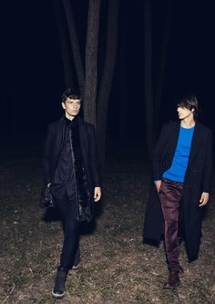 Perfection.  #trench #fashion #men #photography #night
