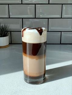 Coffee Shot, I Love Coffee, Coffee Break, Iced Coffee, Coffee Drinks, Bebidas Do Starbucks, Starbucks Drinks, Aesthetic Coffee, Aesthetic Food
