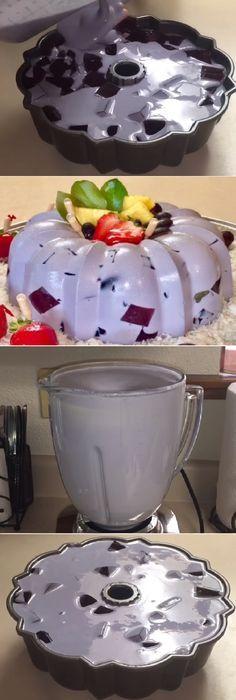 """Gelatina de Uva en 3 leches y queso crema Para Navidad """" By Creaciones Prin. #gelatina #uva #3leches #queso #crema #navidad #gelato #frutas #postres #cheesecake #cakes #pan #panfrances #panettone #panes #pantone #pan #recetas #recipe #casero #torta #tartas #pastel #nestlecocina #bizcocho #bizcochuelo #tasty #cocina #chocolate Si te gusta dinos HOLA y dale a Me Gusta MIREN..."""