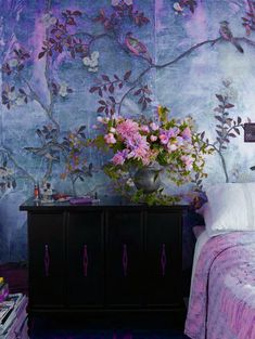 If you don't want to paint, you may choose to choose wallpaper. Ensure you choose wallpaper that's simple to wash and maintain. Suppose you've got wallpaper that has to be removed… Purple Bedrooms, Girl Bedrooms, Of Wallpaper, Bedroom Wallpaper, Beautiful Wallpaper, Wall Murals Bedroom, Chinoiserie Wallpaper, Wallpaper Patterns, Painting Wallpaper