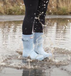 Make a splash in these Hunter Original short Boots.