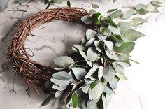 DIY Eucalyptus Wreath Tutorial-28