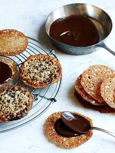 Dana Gallagher; Styling Frances Boswell Lace Cookies From Two Peas and Their Pod Makes 20 sandwich cookies ½cup sifted all-purpose flour ½ cup granulated sugar ½ tsp. cinnamon ¼ tsp. baking powder...