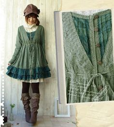 This is a totally adorable dress, boots, and hat combination.