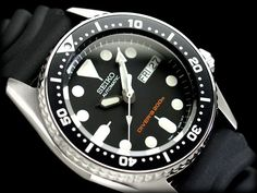 Seiko Men's Automatic Diver's SKX013K1 (same as the sk007 bust with smaller 38mm case) £150
